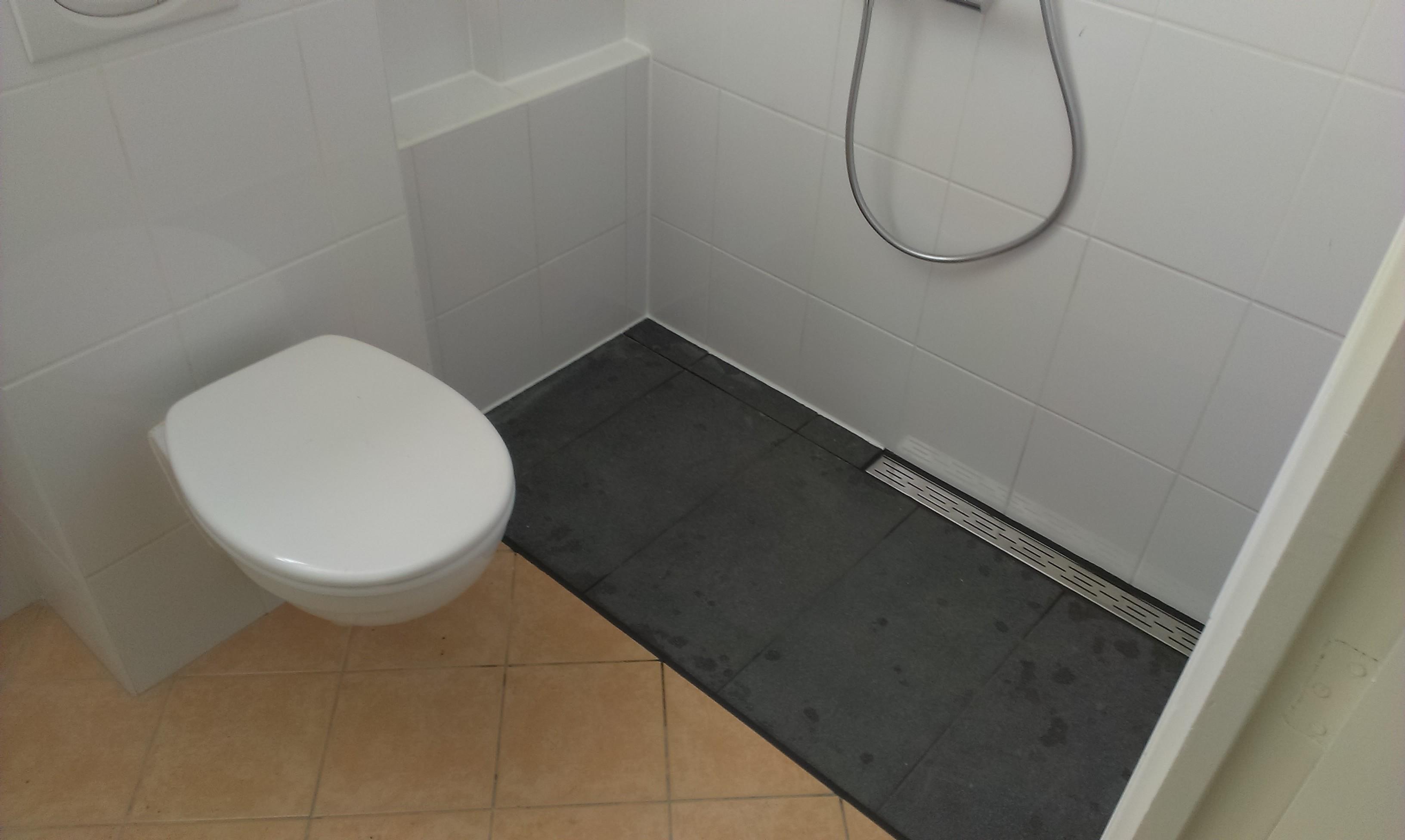 Mini badkamer inrichten - Badkamer renovatie m ...